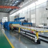青岛国森品牌10.5*3.2米玻璃钢冷藏车厢板材压板设备