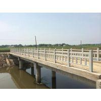 郑州天艺批发禹州地区1.5米仿木梯形护栏水泥产品