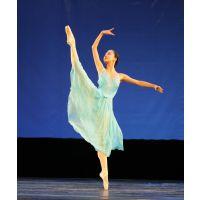 舞蹈学校西安、舞蹈学校地板