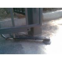 供应安徽合肥冷雨电动地弹簧,小区电动地埋式开门机