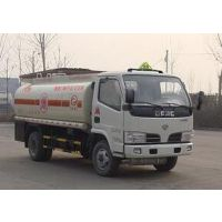 供应东风5吨加油车、油罐车
