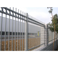 花池/厂矿园区/场地防护栏网/道路隔离锌钢护栏网