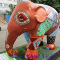 青岛玻璃钢彩绘大象雕塑 玻璃钢商场装饰雕塑