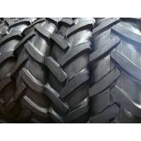 厂家热销:人字轮胎13.6-28等农用轮胎,拖拉机轮胎,正品三包,为五征福田等60多家企业配套