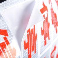 厂家直销高亮度晶格反光临时施工标牌,蜂窝导向标,反光安全标识
