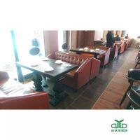 运达来定制款实木桌脚餐桌 实木防火板餐桌椅 主题餐饮桌椅