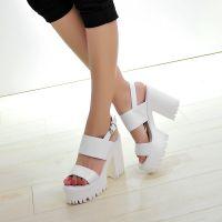 春夏粗跟高跟鞋 韩版真皮防水台厚底露趾女凉鞋一字式扣带女鞋潮