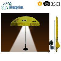 厂家定制沙滩伞 创意环保太阳能LED户外伞 灯光庭院伞