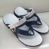 男士夹趾两用沙滩鞋批发厂家,出游开车两用凉鞋批发