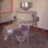 供应石磨面粉机 高效节能石磨面粉机