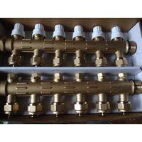 专业生产地暖分集水器 黄铜锻造连体分水器