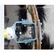 经过电压电阻检测的猪鬃毛电动清扫刷,使用易佰电力的电动清扫刷保障作业安全