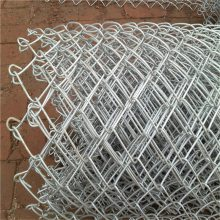 勾花网围栏 铁丝网围栏网 篮球场护栏