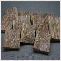 批发越南芽庄天然沉香吊坠毛坯, 含油沉香挂件  DIY雕刻材料