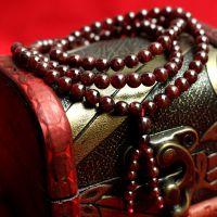 艾茜水晶 天然酒红色石榴石手链批发 108颗石榴石佛珠手链 美容