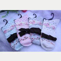 宝娜玛妮娅保暖清新田园风小波点女袜,大量现货批发B82112