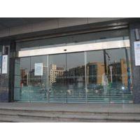 维修感应玻璃门(在线咨询)、东莞市大朗镇自动玻璃门吊轮