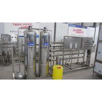 安丘白酒灌装机_青州鲁泰机械_半自动白酒灌装机