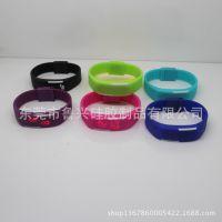 外贸热销 迷你LED夜光手环 防水运动硅胶情侣手表 小礼品厂家