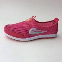 2015年新款女网鞋学生跑步鞋中老年老北京布鞋妈妈鞋透气地摊库存