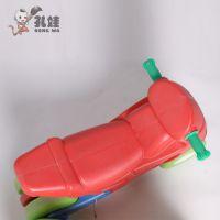 厂家直销儿童运动学步车幼儿塑料小马滑滑摇马车双用小狗小鸡