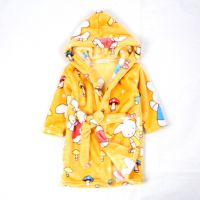 青岛外贸童装 韩版法兰绒卡通小兔子采蘑菇童家居服 童睡袍 浴袍
