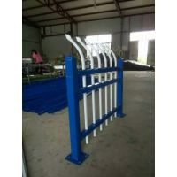 开阳县带弧度隔音网栏 地铁刺丝防护网 锌钢栅栏网 1.8*3米铁丝护栏网