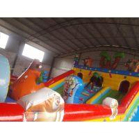 孩子夏季爱玩蹦蹦床吗 光头强气模大型滑梯乐园 150平米的充气滑梯