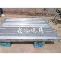 供应供应养猪设备模具、定位栏