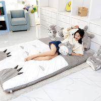 深圳毛绒玩具厂/龙猫毛绒公仔方形榻榻米 小孩毛绒玩具儿童床旅游床 批发