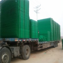 场区隔离网规格 隔离铁丝网规格 集装箱防护网