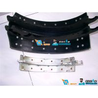 武汉埃瑞特汽车刹车蹄片自动铆接机 制动蹄摩擦片自动铆接机