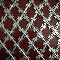 新疆厂家供应焊接型菱形孔刀片刺网、可定制