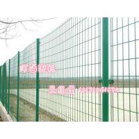 麻城湖泊水库标准围栏,河道两侧人工安装隔离网便宜卖保质量。