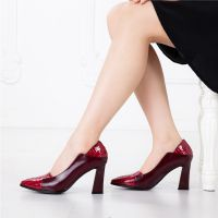欧美大牌时尚鳄鱼纹粗高跟拼色真皮女鞋 浅口女鞋尖头高跟单鞋