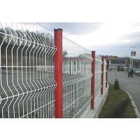 广东省铁丝镀锌墨绿色高速公路围栏网价格 广东鑫运来镀锌高速公路围栏网定做