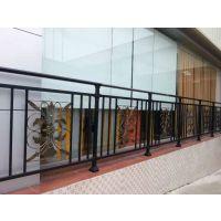广西北海市十里银滩小区商品房锌钢阳台栏杆,别墅阳台栏杆,木纹色阳台栏杆,古铜色阳台栏杆,玻璃阳台栏杆