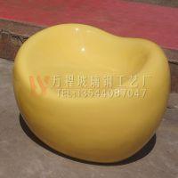 广东玻璃钢休闲凳厂价直销 金元宝造型凳 商场特色创意休闲凳定做