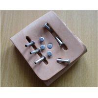 埃瑞特/IRIVET箱包铆接设备,箱包铆接机