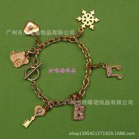 合金吊饰  字母挂件 个性手饰 韩国时尚高档手链订做