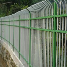 住宅区锌钢栅栏 湛江围墙围栏 厂区铁艺锌钢护栏网价钱 钢材