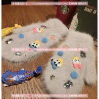唐老鸭黛西 韩国东大门兔毛保暖冬季必备连指卡通球球宝石手套女