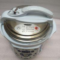 青花瓷电压力锅厂特价直销 半球铝合金青花瓷电压力锅