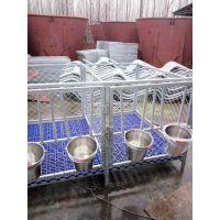 牛场专用优质犊牛栏 镀锌管焊接 永不生锈 18754868222