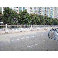 东莞厂家供应 广东 深圳地区 道路护栏 公路隔离栏 绿化带栏杆