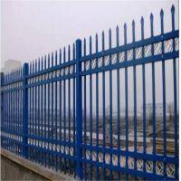 别墅装修工艺加花大门 镀锌管喷涂防护栏 蓝白插拔锌钢护栏现货