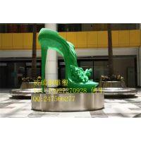 广东装饰玻璃钢雕塑 广场主题高跟鞋道具雕塑