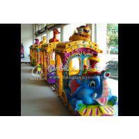 大象火车每个火车上皆有一个动物造型非常漂亮