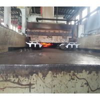 燃气式履带板自动淬火生产线,连续式棍棒式履带板热处理设备