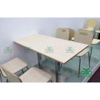 优质板式快餐桌椅组合 食堂快餐厅四人位餐桌 防火板餐桌运达来定做